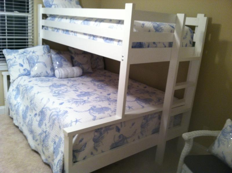 bunk beds nightstands trundles. Black Bedroom Furniture Sets. Home Design Ideas
